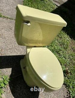 Yellow Vintage American Standard Toilet Big Flush, Flawless Sanitized NO CRACKS